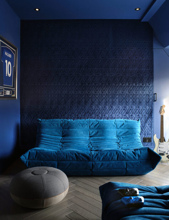 Comfy break out space, boys bedroom - Luxury sustainable interior design