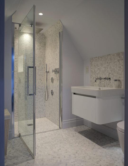 Walk-in shower, en suite - Luxury sustainable interior design